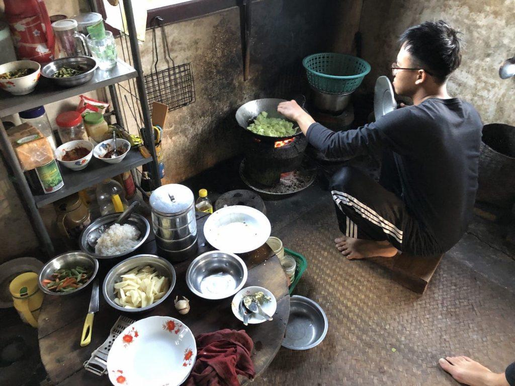 Repas cuisiné par notre guide Min-Min