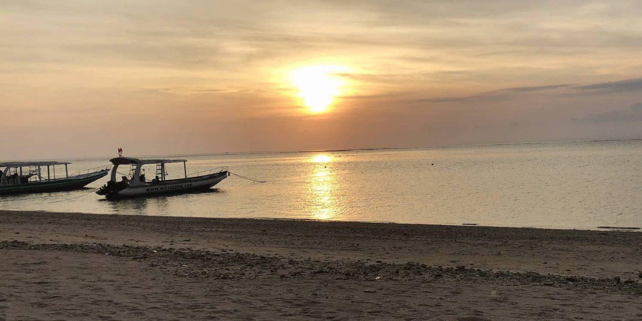 Bateau de plongée à Lembogan