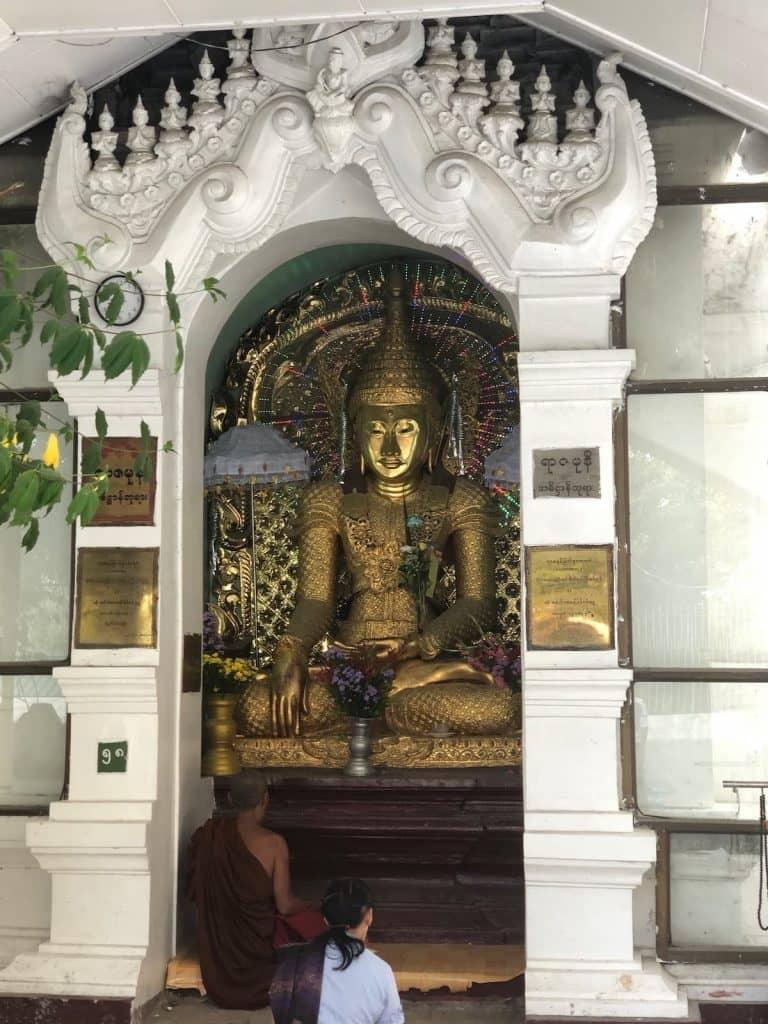 Buddha avec des leds
