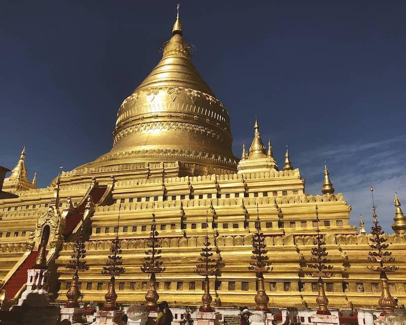Pagode en or à Myanmar