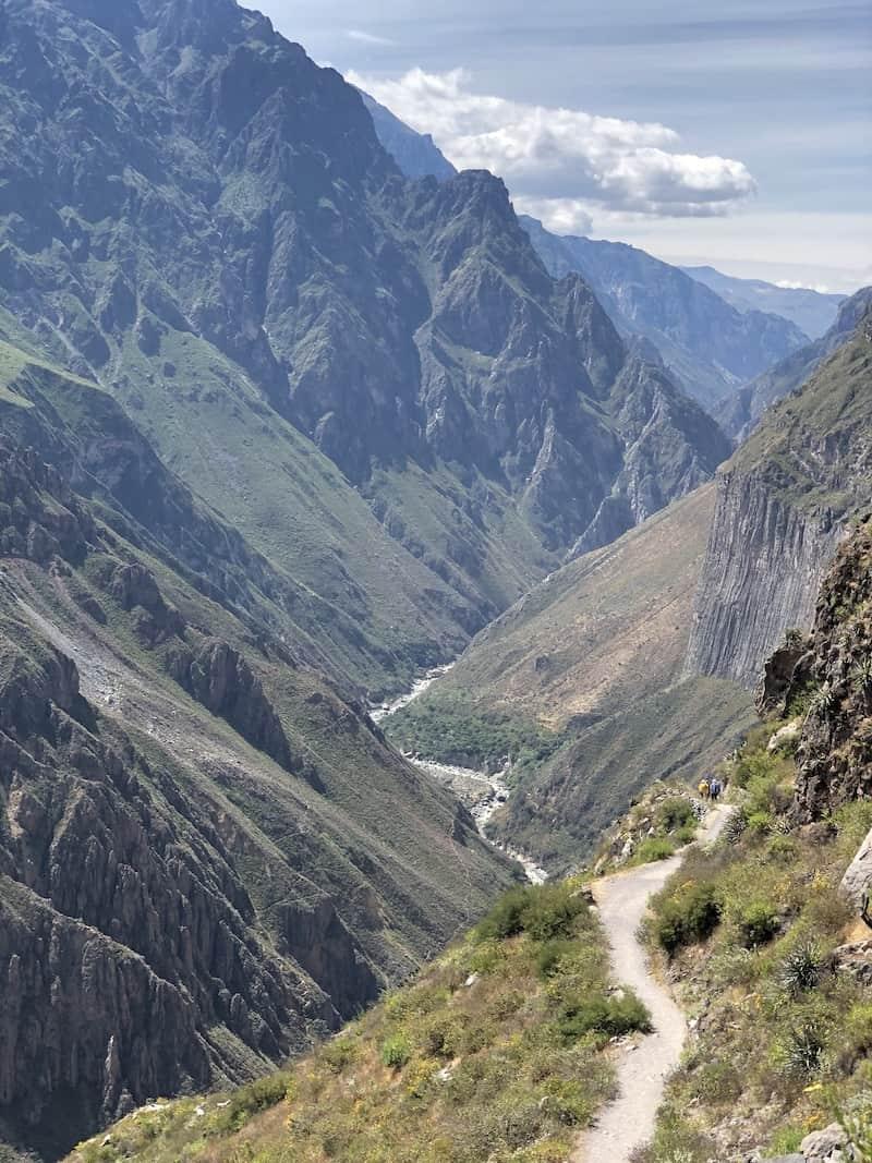 Chemin du trek de Colca