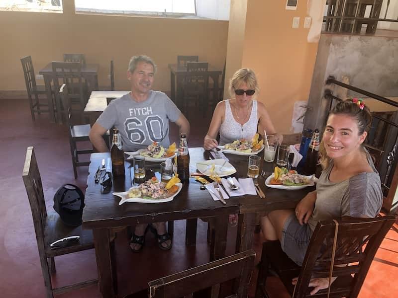 Restaurant oasis de america à Huacachina