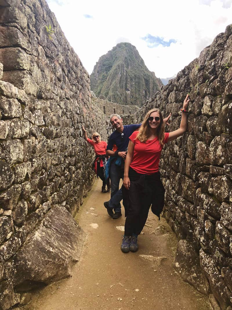 Pose dans les ruines du Machupicchu