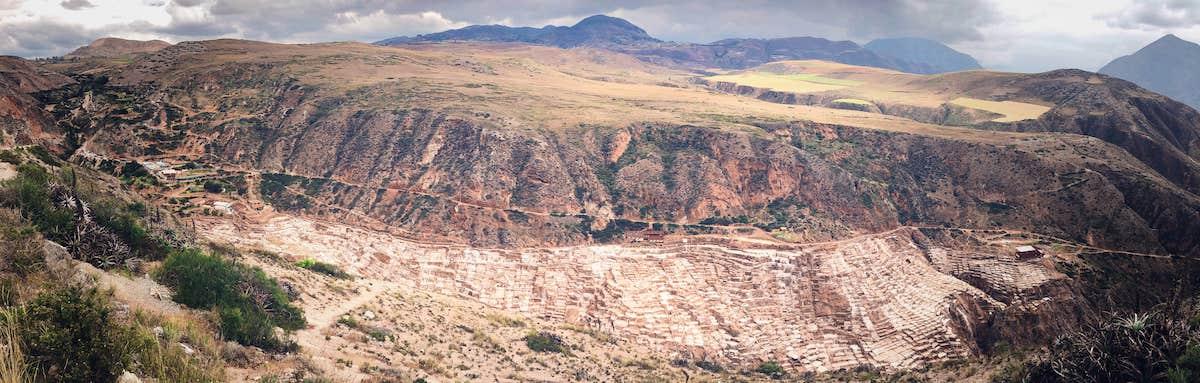 Panorama sur les salines de Maras